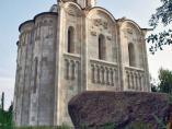 Лызлово: храм-копия храма в Боголюбово на Нерли