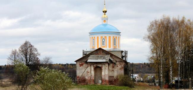 Рюминское Тихвинская церковь